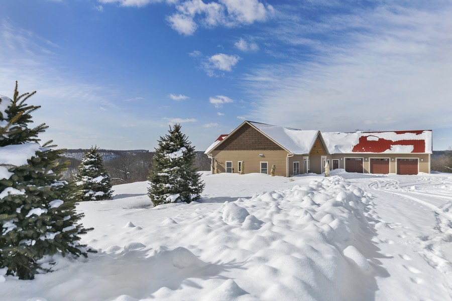 Real Estate Photography - 3472 W 450th Ave, Maiden Rock, WI, 54750 - Side View