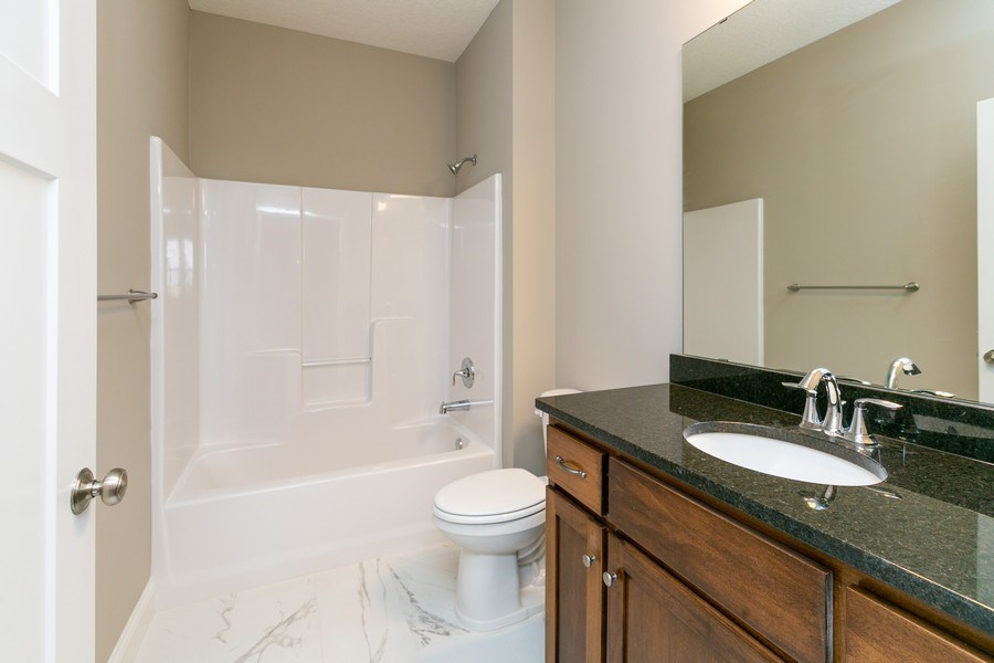 Real Estate Photography - 10250 74th Ave NE, Otsego, MN, 55301 - Bathroom