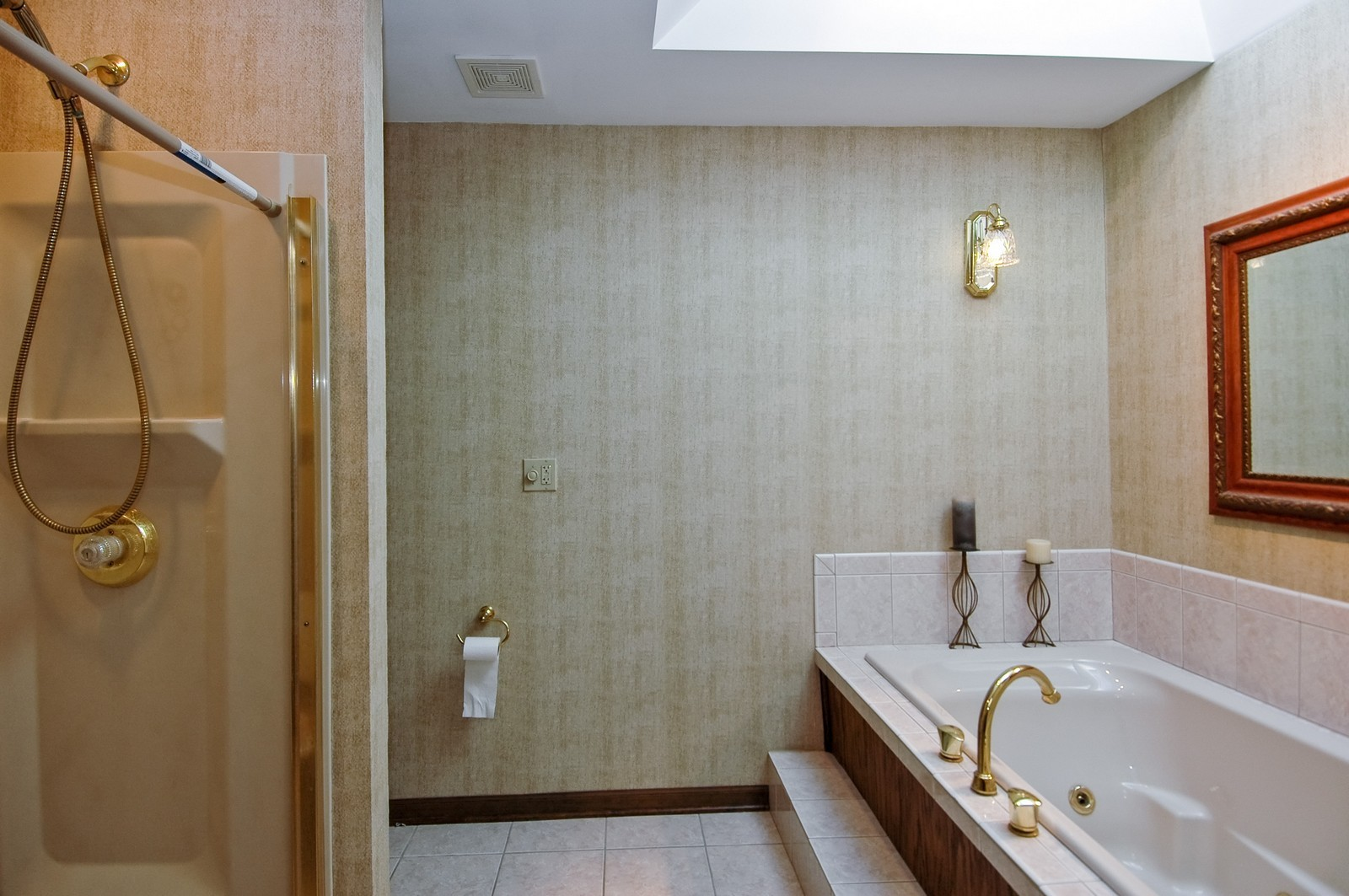 Real Estate Photography - 5805 Wild Plum Rd, Crystal Lake, IL, 60014 - Master Bathroom