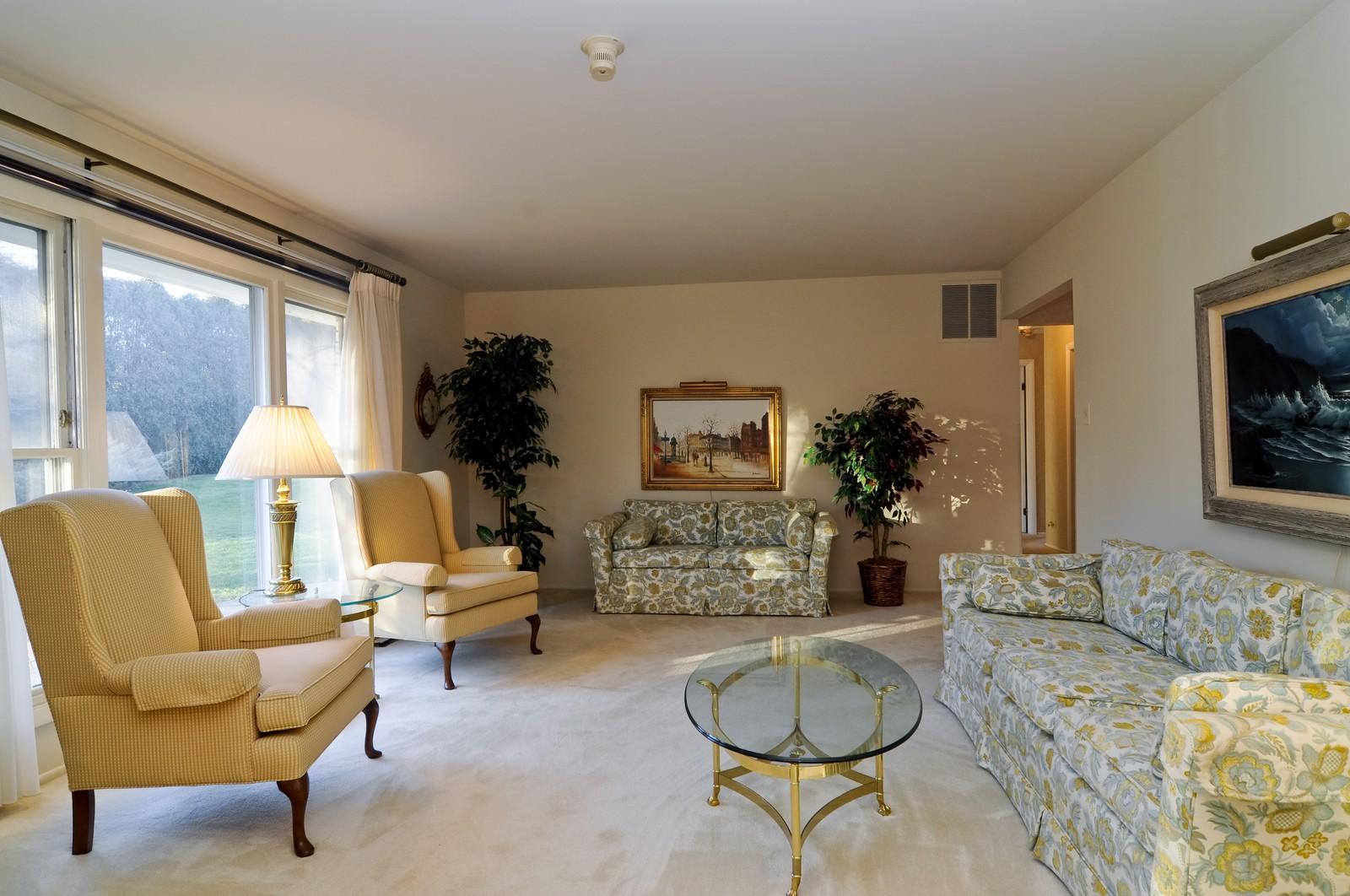 Real Estate Photography - 540 Brighton Ln, Palatine, IL, 60067 - Living Room