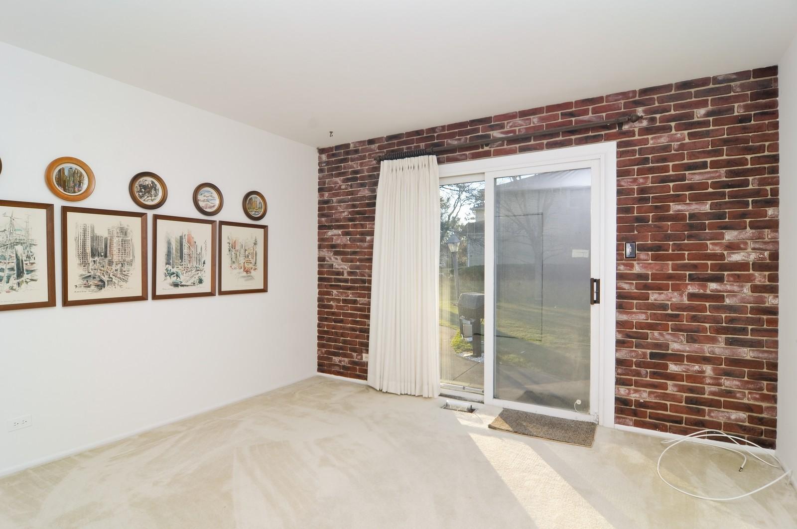 Real Estate Photography - 540 Brighton Ln, Palatine, IL, 60067 - 4th Bedroom