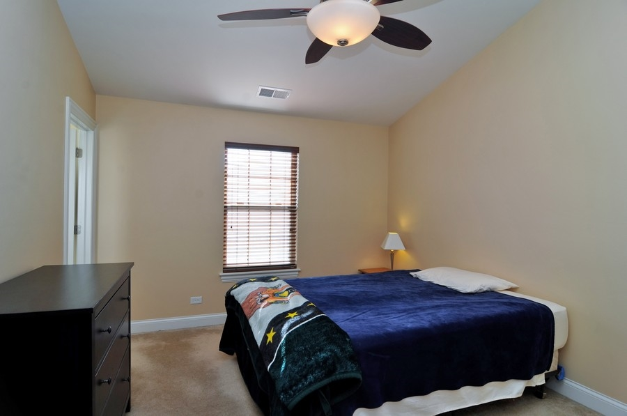 Real Estate Photography - 286 Robertson, Palatine, IL, 60067 - Bedroom