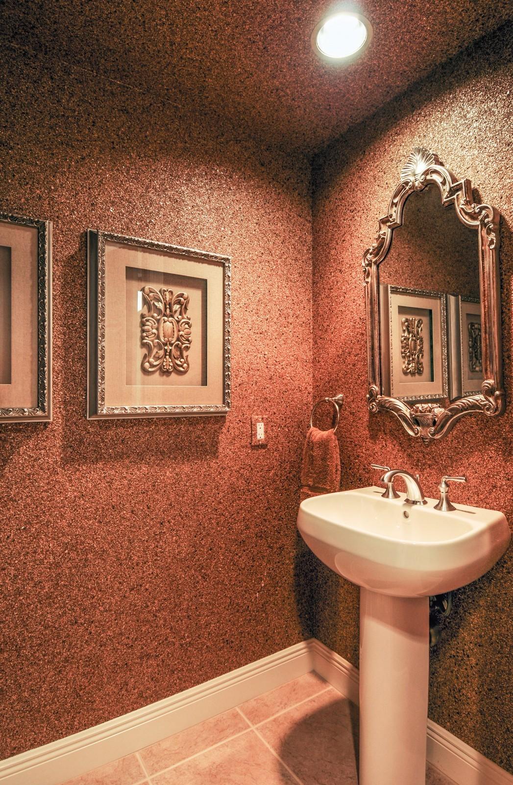 Real Estate Photography - 23540 Via Veneto, Unit 1705, Bonita Springs, FL, 34134 - Bathroom