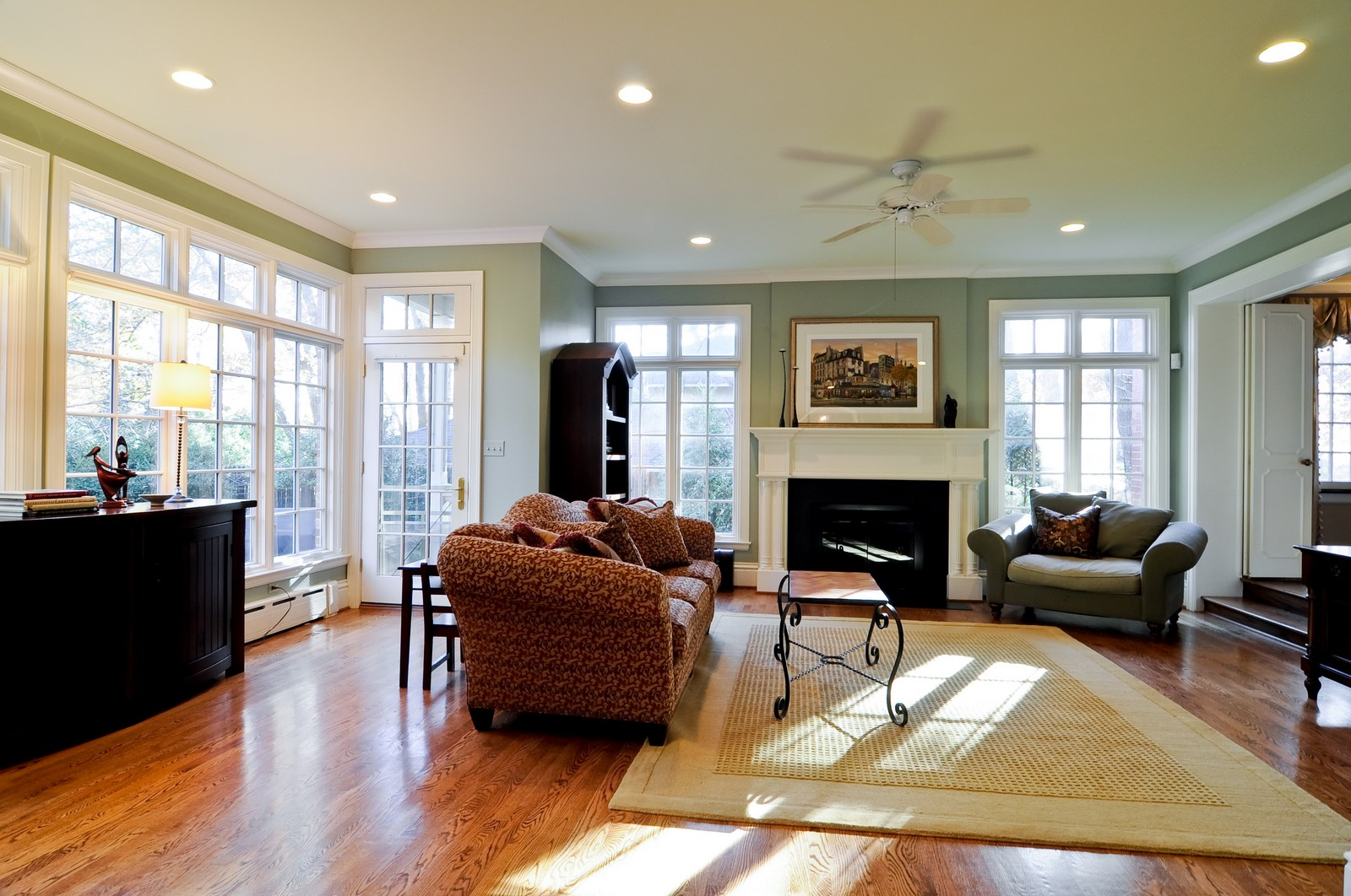 Real Estate Photography - 685 N. Forest Avenue, Glen Ellyn, IL, 60137 - Family Room
