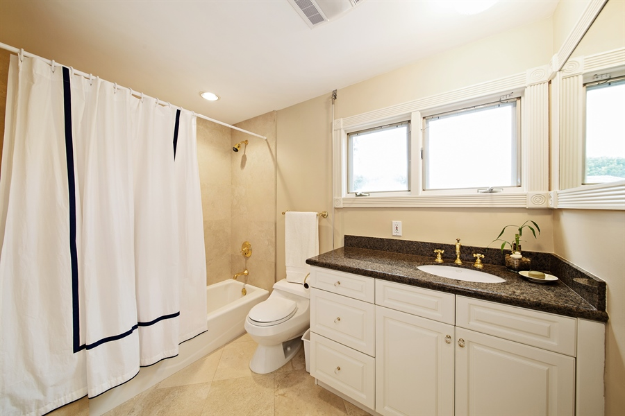 Real Estate Photography - 4305 NW 24TH Way, Boca Raton, FL, 33431 - 4th Bathroom