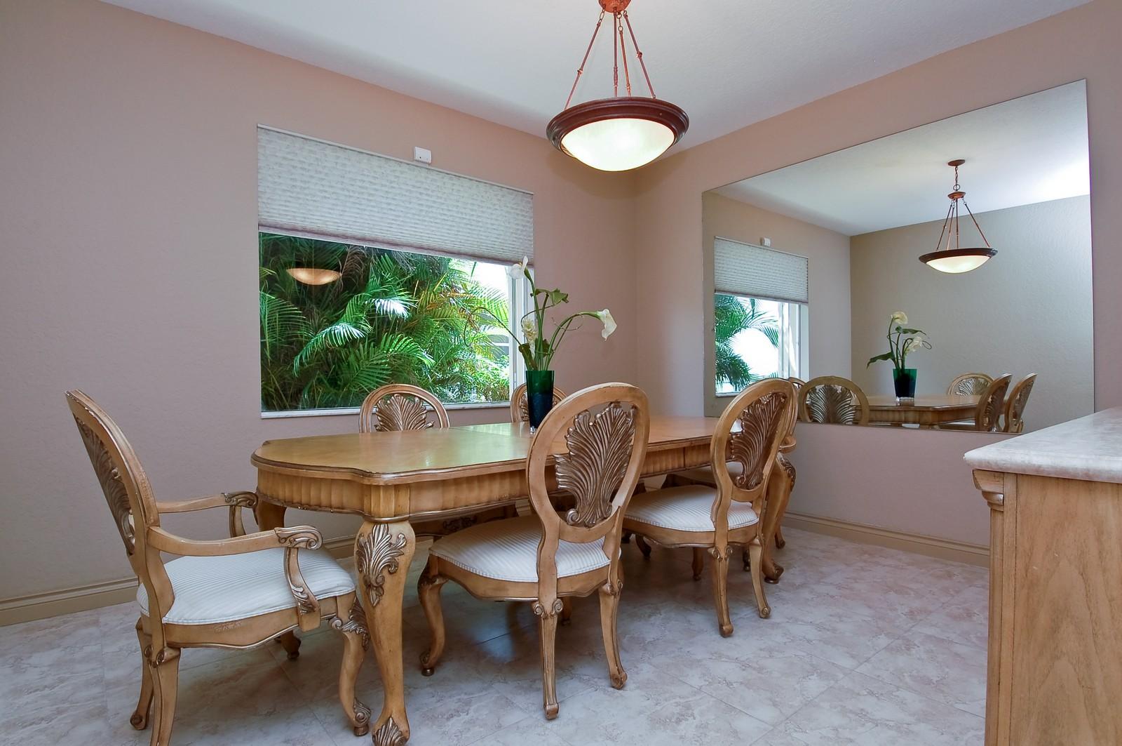 Real Estate Photography - 11308 Sea Grass Cir, Boca Raton, FL, 33498 - Dining Room