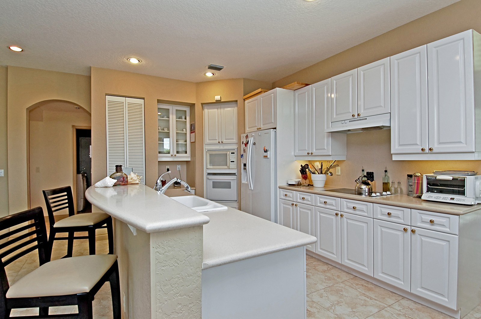 Real Estate Photography - 11308 Sea Grass Cir, Boca Raton, FL, 33498 - Kitchen