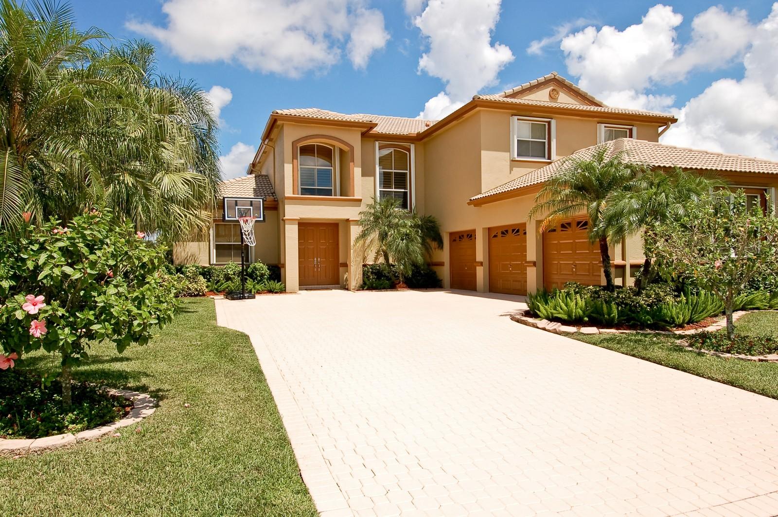 Real Estate Photography - 11308 Sea Grass Cir, Boca Raton, FL, 33498 - Front View