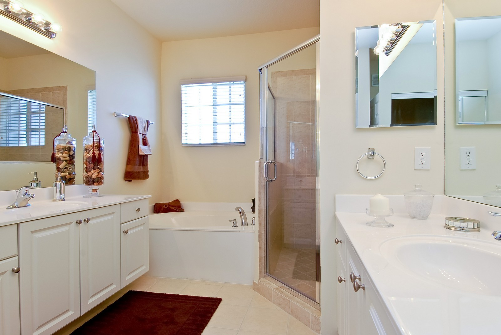 Real Estate Photography - 3169 NW 32nd St, Cayman Model, Oakland Park, FL, 33309 - Master Bathroom