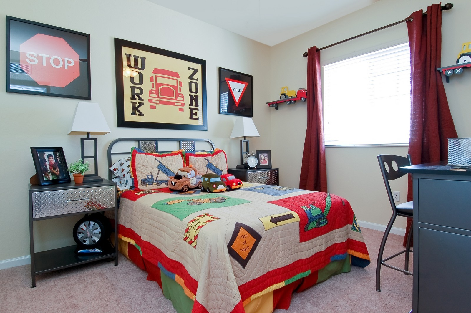 Real Estate Photography - 3169 NW 32nd St, Cayman Model, Oakland Park, FL, 33309 - 3rd Bedroom