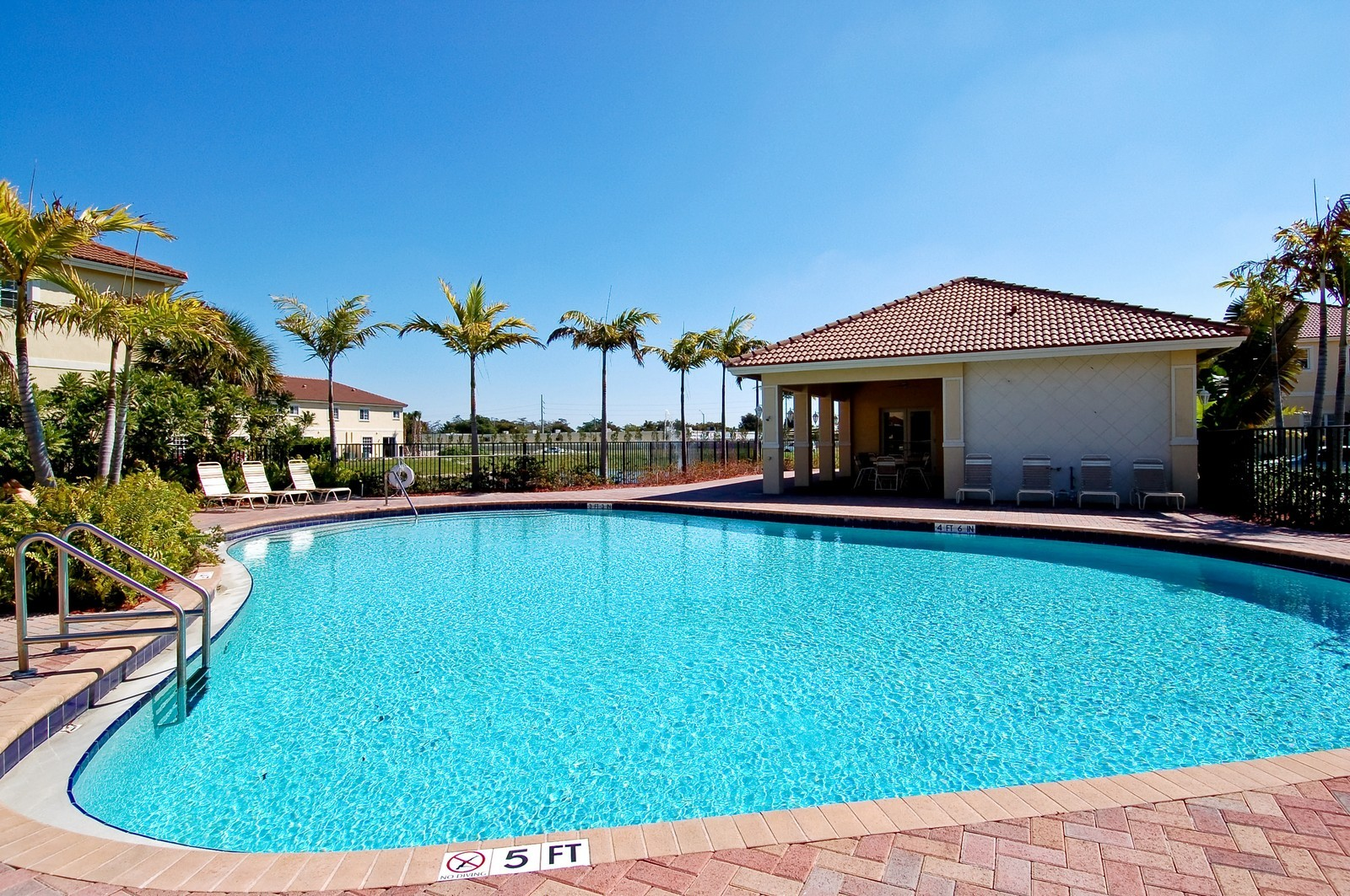 Real Estate Photography - 3169 NW 32nd St, Cayman Model, Oakland Park, FL, 33309 - Pool