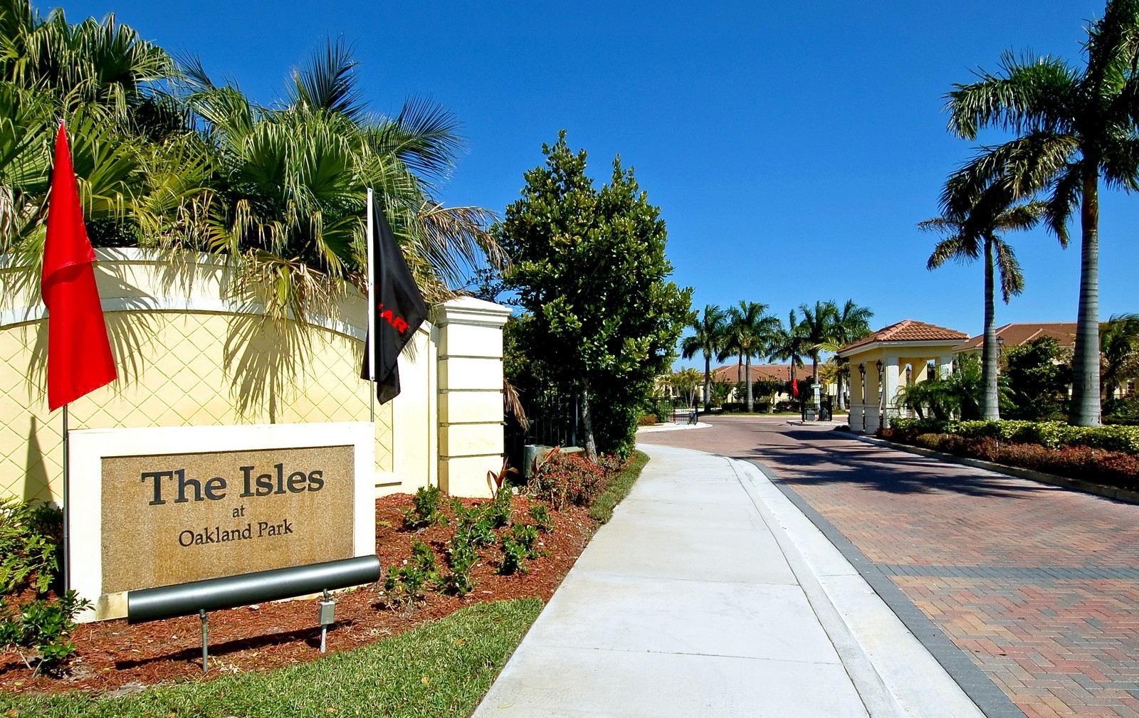 Real Estate Photography - 3169 NW 32nd St, Cayman Model, Oakland Park, FL, 33309 - Entrance