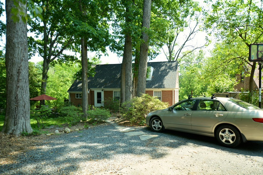 Real Estate Photography - 918 W. Timber Branch Pkwy., Alexandria, VA, 22302 -