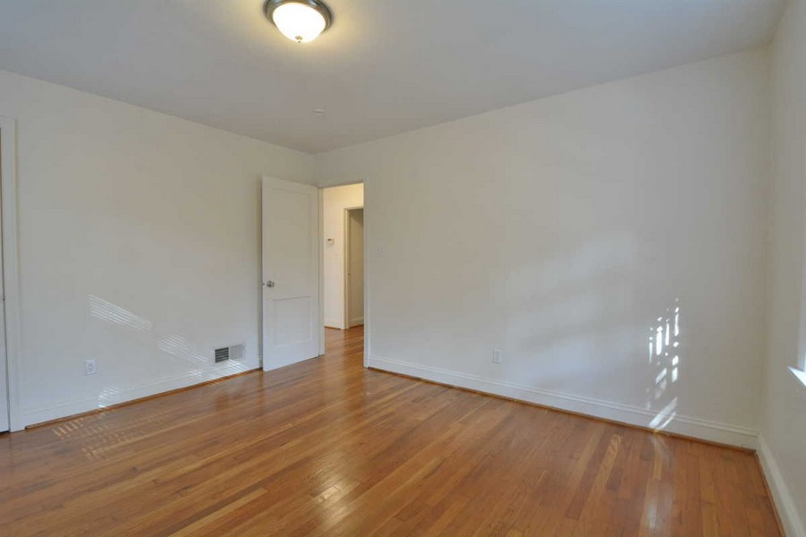 Real Estate Photography - 918 W. Timber Branch Pkwy., Alexandria, VA, 22302 - Master Bedroom