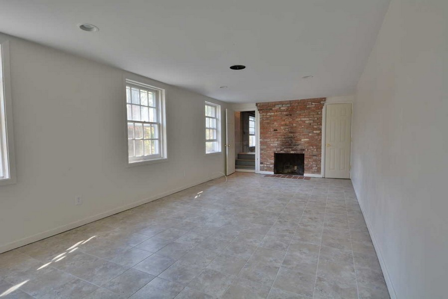 Real Estate Photography - 918 W. Timber Branch Pkwy., Alexandria, VA, 22302 - Rec Room