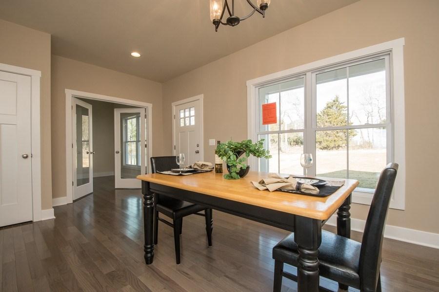Real Estate Photography - 40877 Yakey Ln, Lovettsville, VA, 20180 - Dining Room