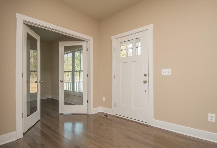 Real Estate Photography - 40877 Yakey Ln, Lovettsville, VA, 20180 - Foyer