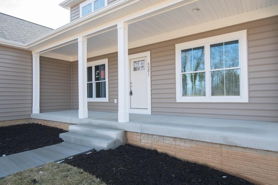 Real Estate Photography - 40877 Yakey Ln, Lovettsville, VA, 20180 - Porch