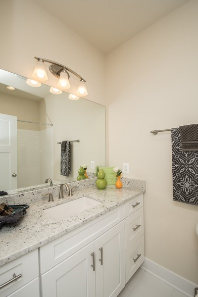 Real Estate Photography - 40877 Yakey Ln, Lovettsville, VA, 20180 - Bathroom