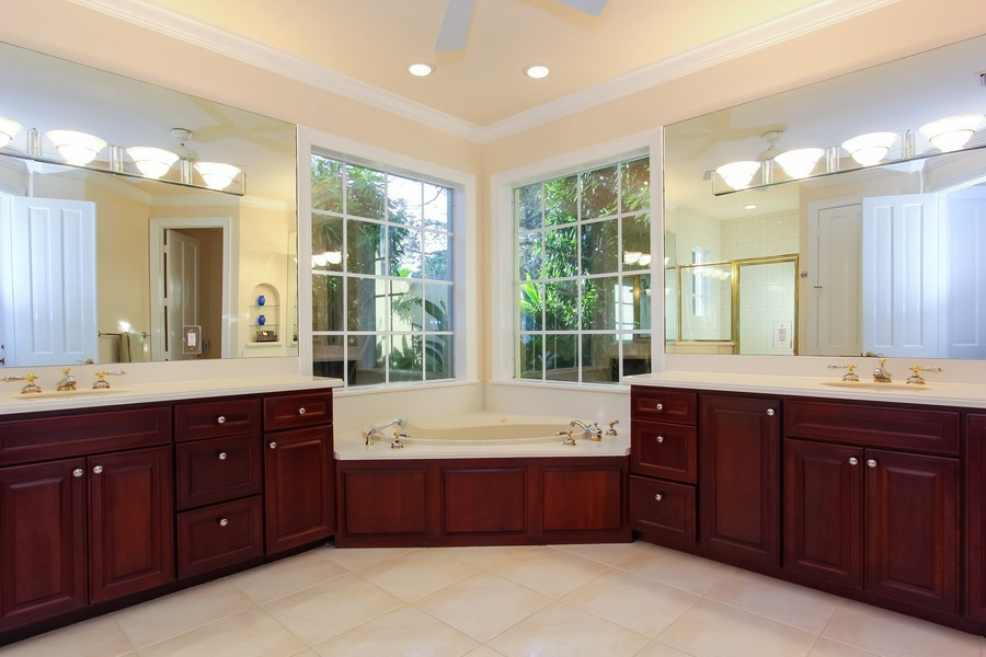 Real Estate Photography - 8725 Native Dancer, Palm Beach Gardens, FL, 33418 - Master Bathroom