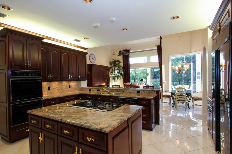 Real Estate Photography - 8725 Native Dancer, Palm Beach Gardens, FL, 33418 - Kitchen / Breakfast Room