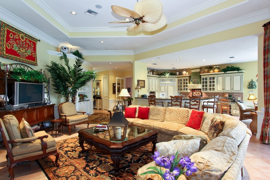 Real Estate Photography - 8533 Egret Meadow Ln, West Palm Beach, FL, 33412 - Family Room / Kitchen