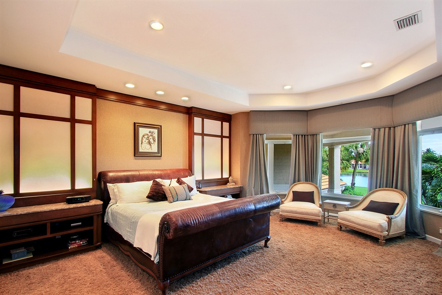Real Estate Photography - 40 St. Thomas Drive, Palm Beach Gardens, FL, 33418 - Master Bedroom