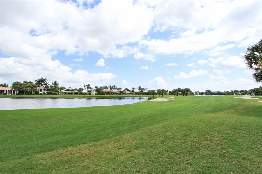 Real Estate Photography - 40 St. Thomas Drive, Palm Beach Gardens, FL, 33418 - View