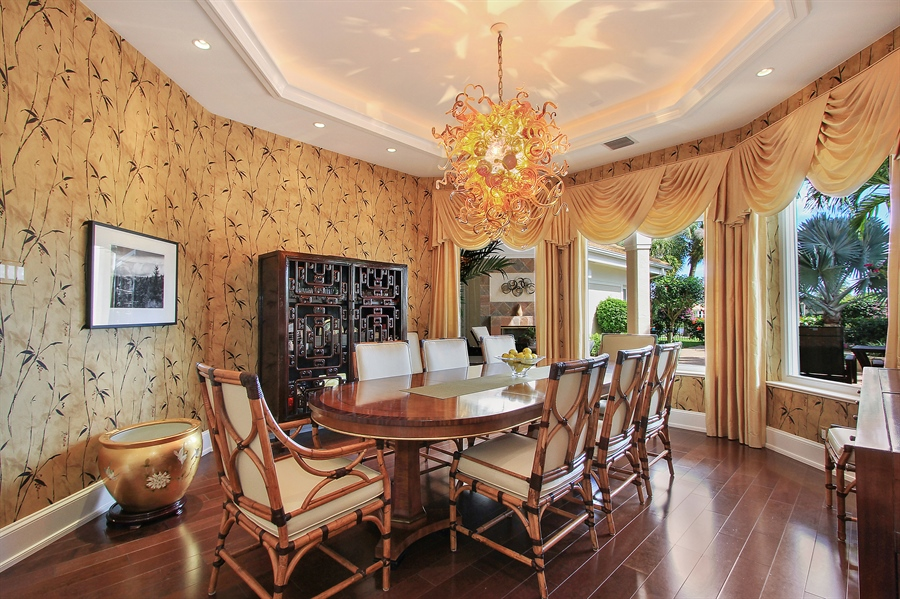Real Estate Photography - 40 St. Thomas Drive, Palm Beach Gardens, FL, 33418 - Dining Room