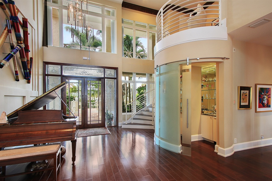 Real Estate Photography - 40 St. Thomas Drive, Palm Beach Gardens, FL, 33418 - Foyer