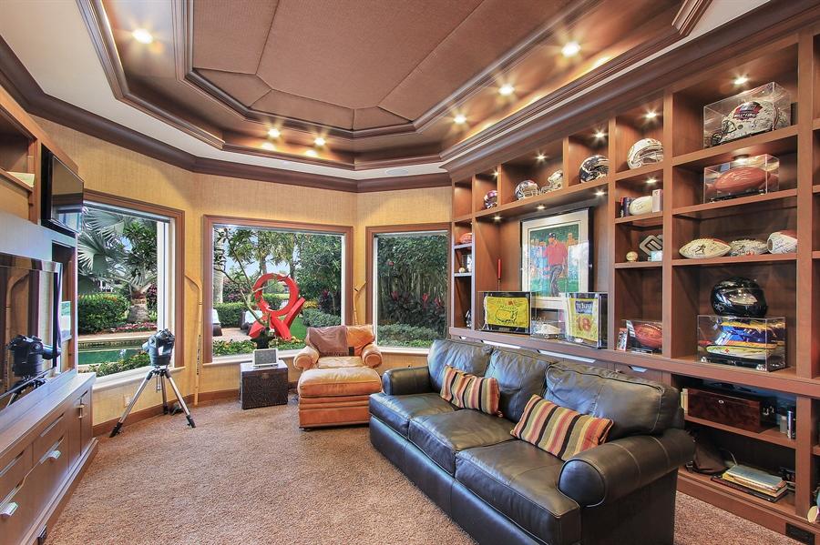 Real Estate Photography - 40 St. Thomas Drive, Palm Beach Gardens, FL, 33418 - Den