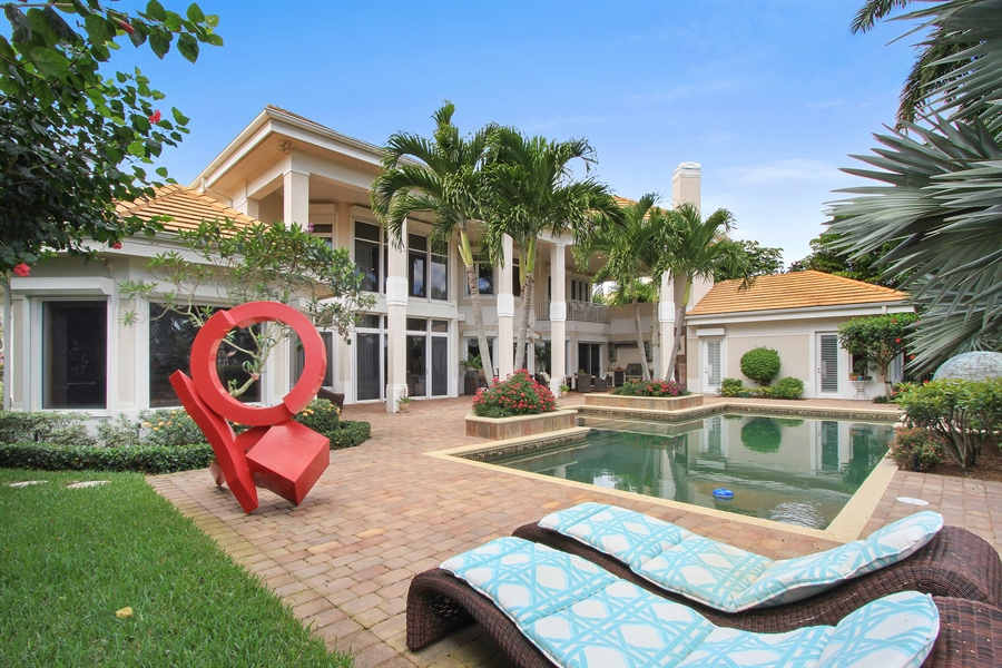 Real Estate Photography - 40 St. Thomas Drive, Palm Beach Gardens, FL, 33418 - Rear View
