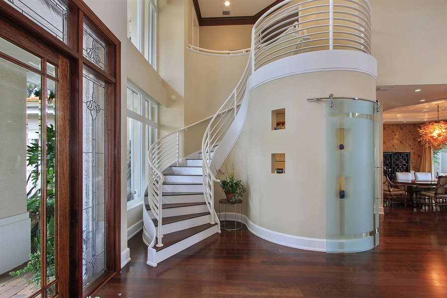 Real Estate Photography - 40 St. Thomas Drive, Palm Beach Gardens, FL, 33418 - Staircase