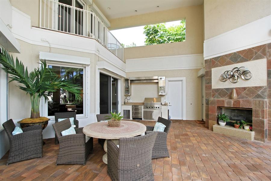 Real Estate Photography - 40 St. Thomas Drive, Palm Beach Gardens, FL, 33418 - Lanai