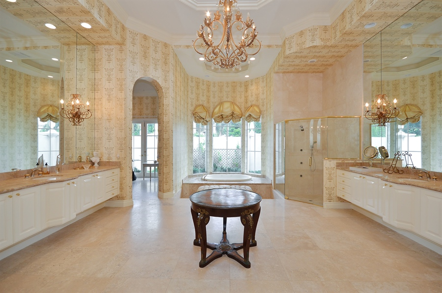 Real Estate Photography - 215 Grand Pointe, Palm Beach Gardens, FL, 33418 - Master Bathroom