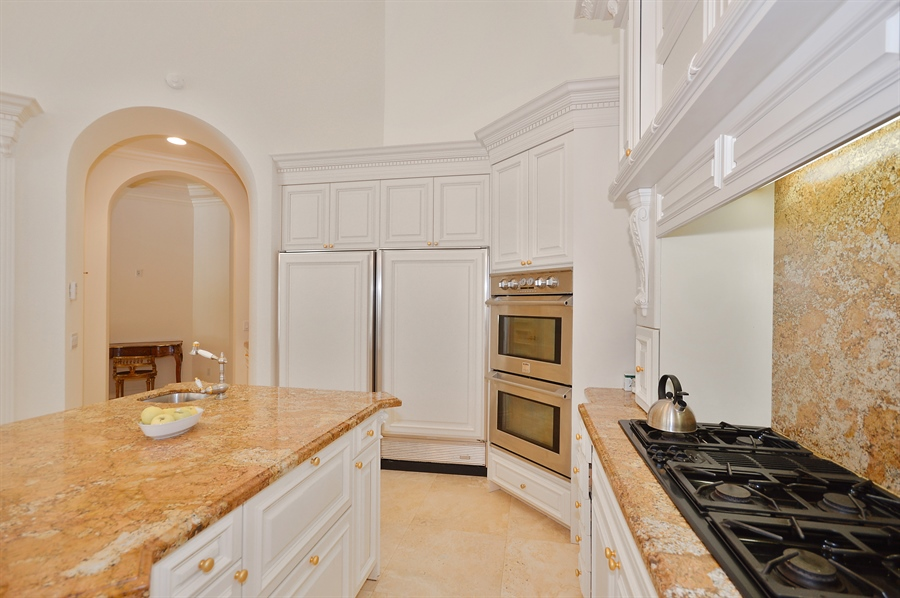 Real Estate Photography - 215 Grand Pointe, Palm Beach Gardens, FL, 33418 - Kitchen