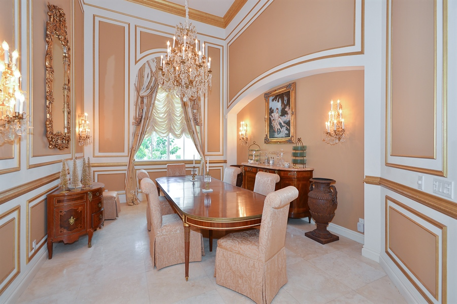 Real Estate Photography - 215 Grand Pointe, Palm Beach Gardens, FL, 33418 - Dining Room