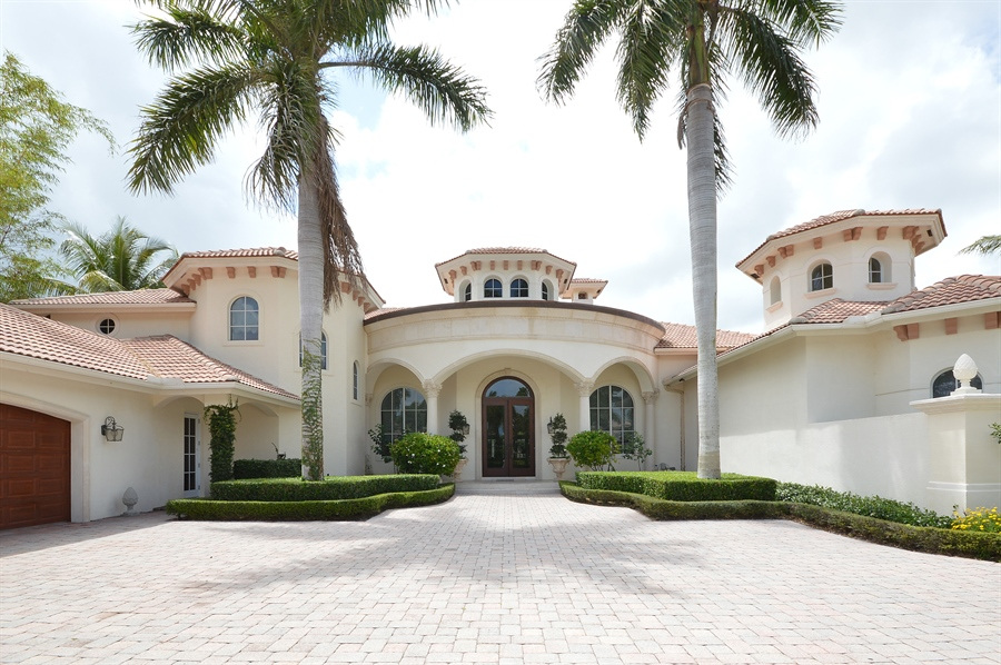 Real Estate Photography - 215 Grand Pointe, Palm Beach Gardens, FL, 33418 - Entrance