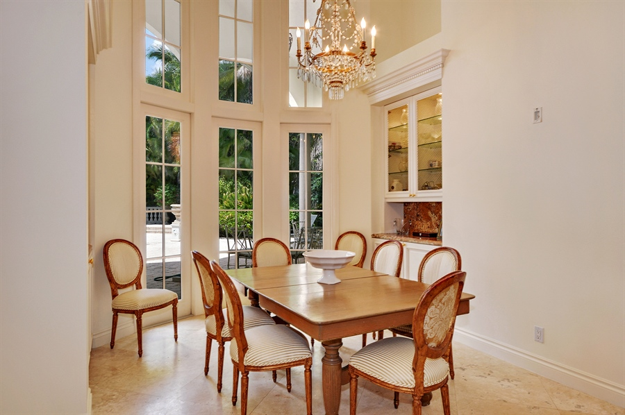 Real Estate Photography - 215 Grand Pointe, Palm Beach Gardens, FL, 33418 - Breakfast Area