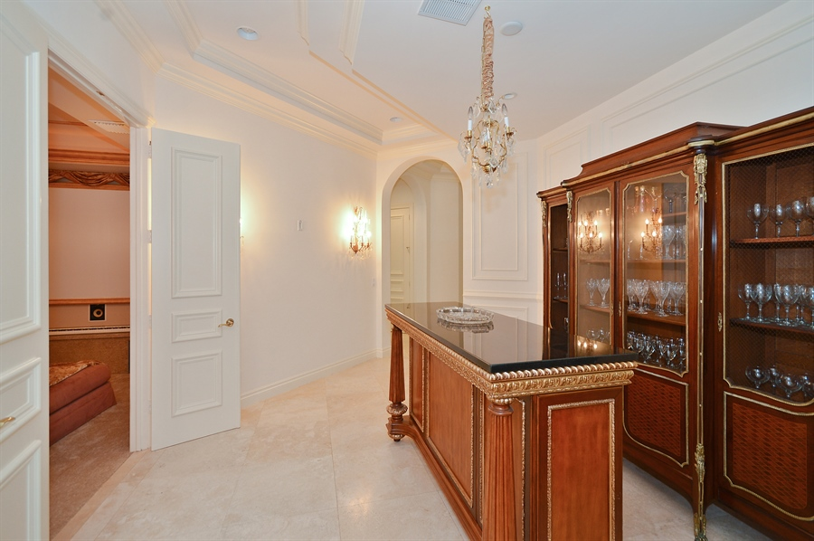 Real Estate Photography - 215 Grand Pointe, Palm Beach Gardens, FL, 33418 - Lobby