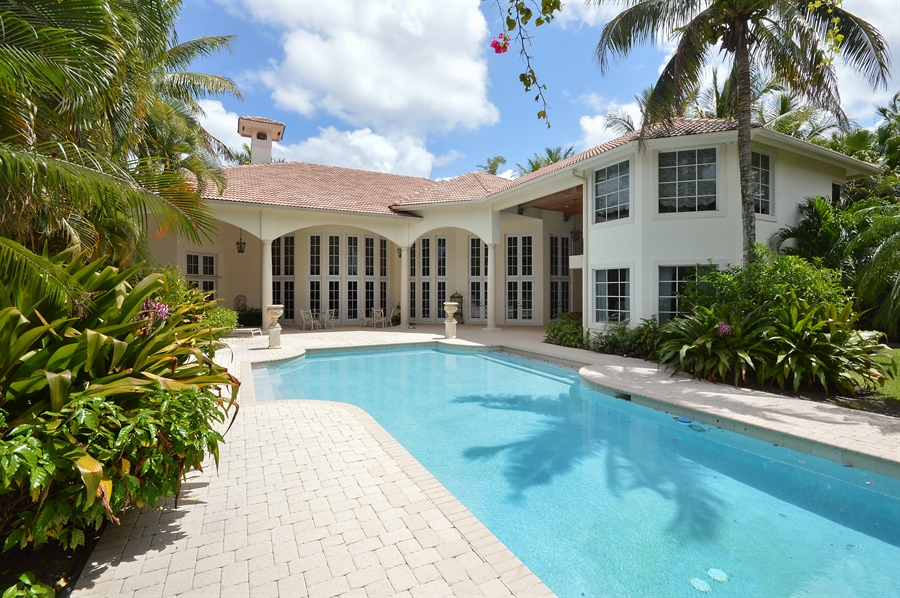 Real Estate Photography - 215 Grand Pointe, Palm Beach Gardens, FL, 33418 - Rear View