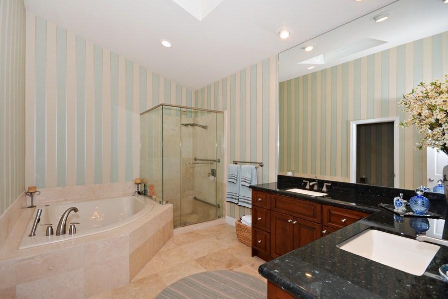 Real Estate Photography - 13893 LEHAVRE DR, PALM BEACH GARDENS, FL, 33410 - Master Bathroom