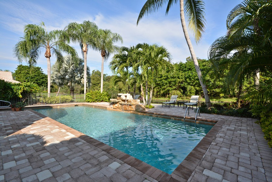 Real Estate Photography - 13893 LEHAVRE DR, PALM BEACH GARDENS, FL, 33410 - Pool