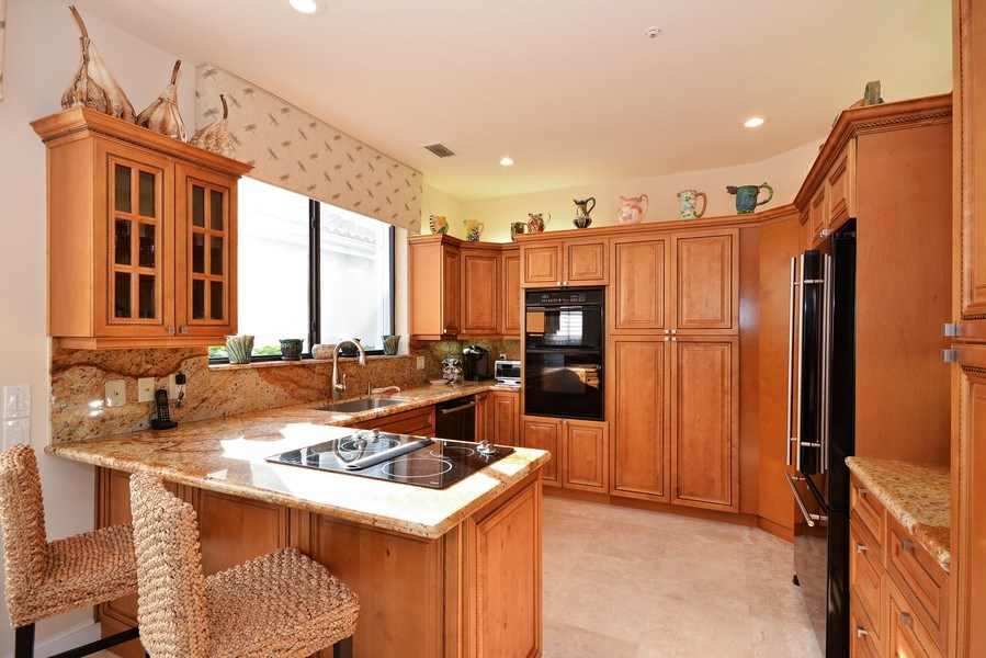Real Estate Photography - 13893 LEHAVRE DR, PALM BEACH GARDENS, FL, 33410 - Kitchen