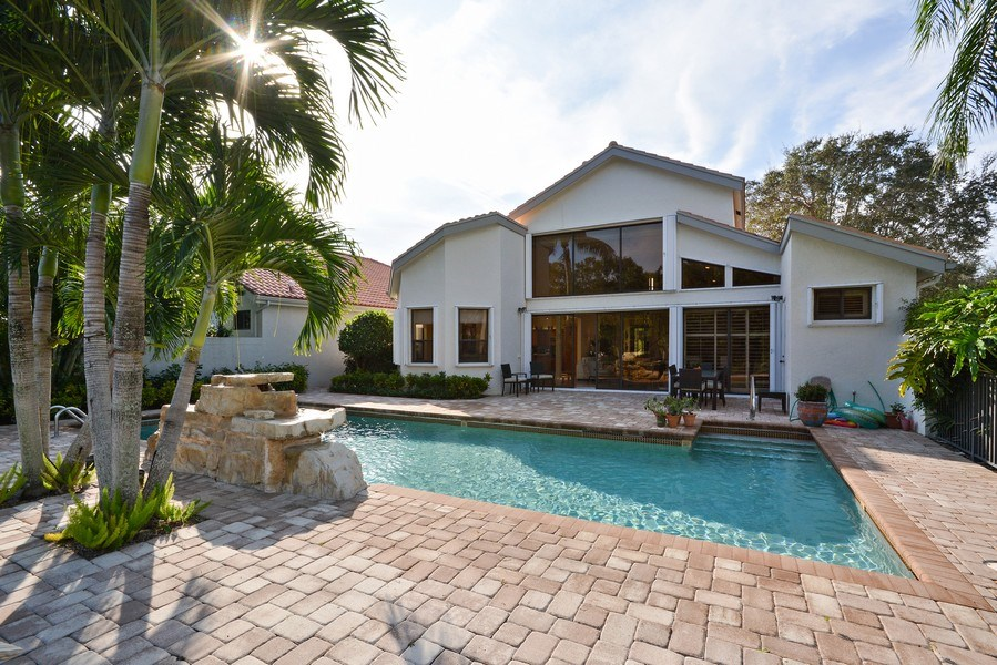 Real Estate Photography - 13893 LEHAVRE DR, PALM BEACH GARDENS, FL, 33410 - Deck