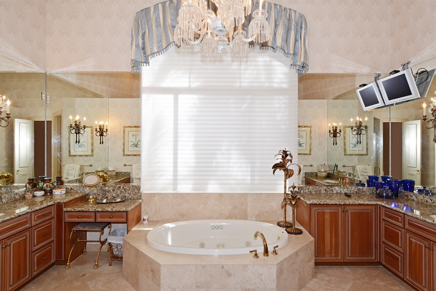Real Estate Photography - 417 Savoie Dr, Palm Beach Gardens, FL, 33418 - Master Bathroom