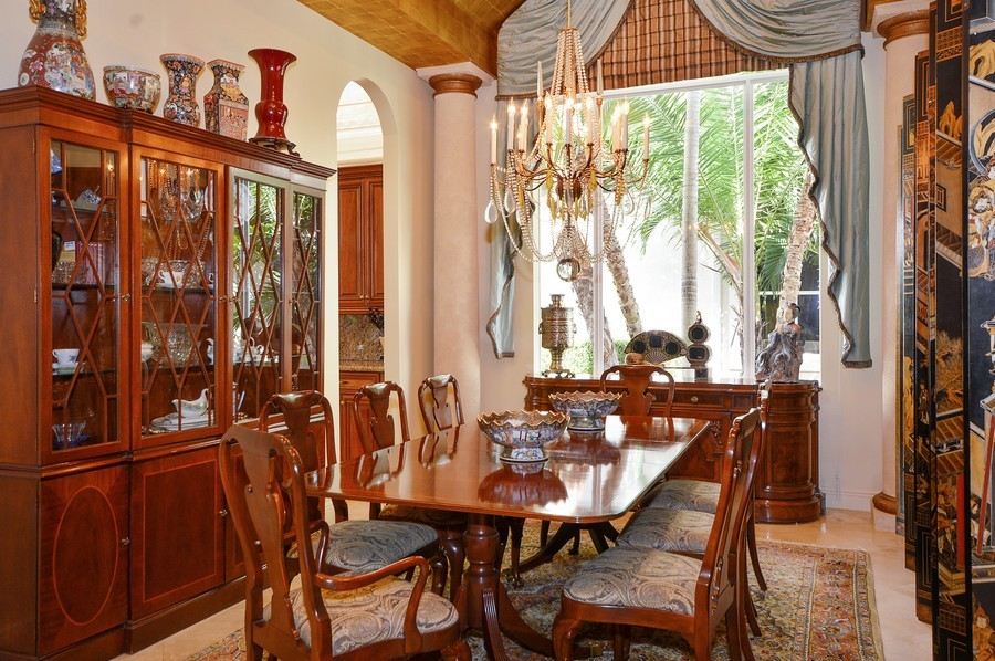 Real Estate Photography - 417 Savoie Dr, Palm Beach Gardens, FL, 33418 - Dining Room