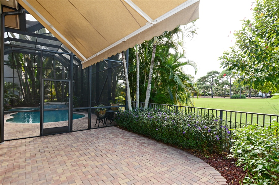Real Estate Photography - 417 Savoie Dr, Palm Beach Gardens, FL, 33418 - Porch