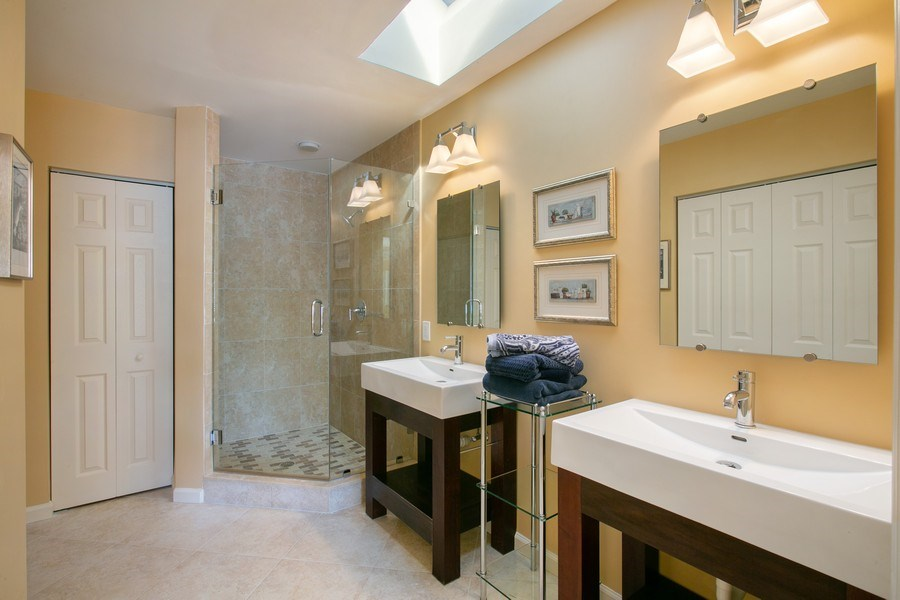 Real Estate Photography - 8377 Quail Meadow Way, West Palm Beach, FL, 33412 - 3rd Bathroom