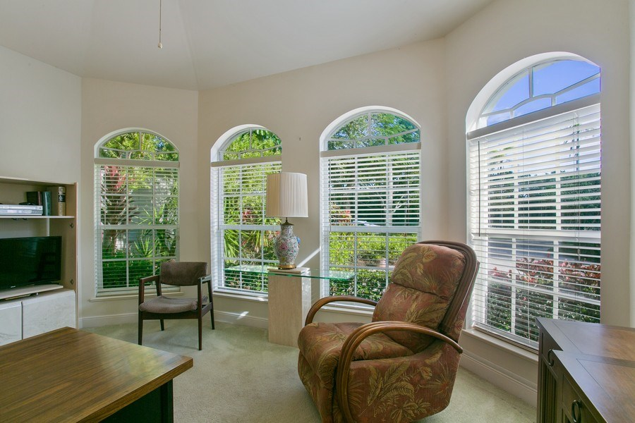 Real Estate Photography - 8990 Lakes Blvd, West Palm Beach, FL, 33412 - Office